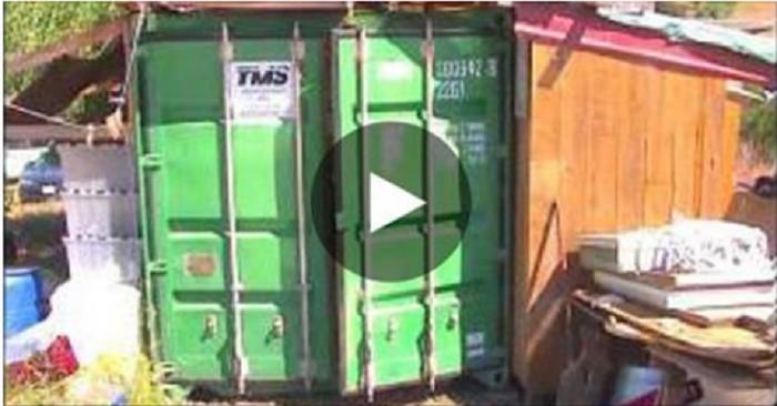 Une m re vit dans un container avec sa fille apr s l 39 avoir for Isoler un container
