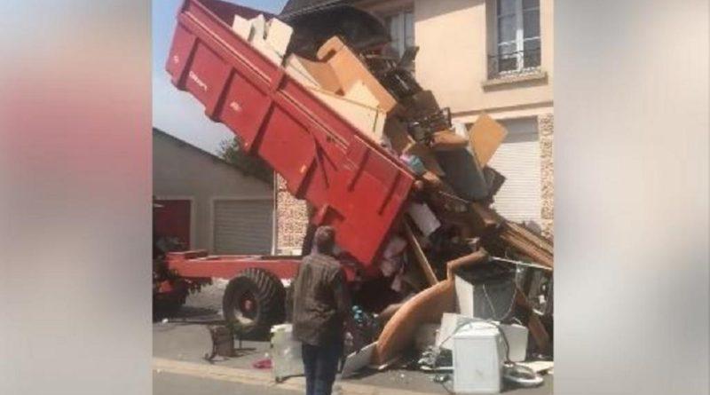Excédé, un propriétaire déverse les détritus de son ancien locataire devant sa nouvelle maison